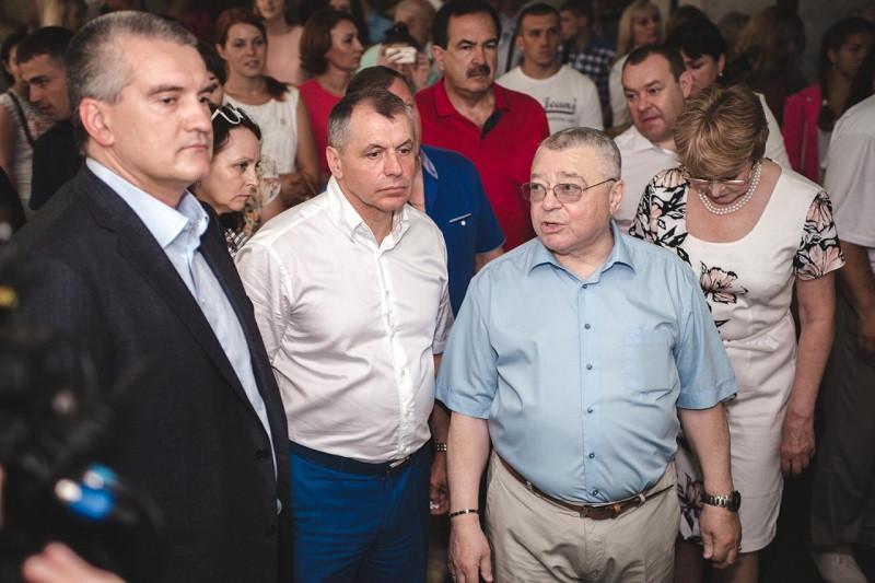ForPost - Новости : Константинов дистанцируется от скандала вокруг Ростенко