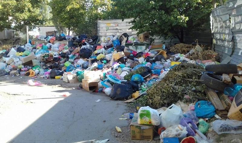ForPost - Новости : Замглавы администрации Симферополя уволен из–за мусора