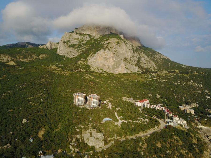 ForPost - Новости : Правительство Овсянникова стремительно ввело в эксплуатацию высотки в Ласпи