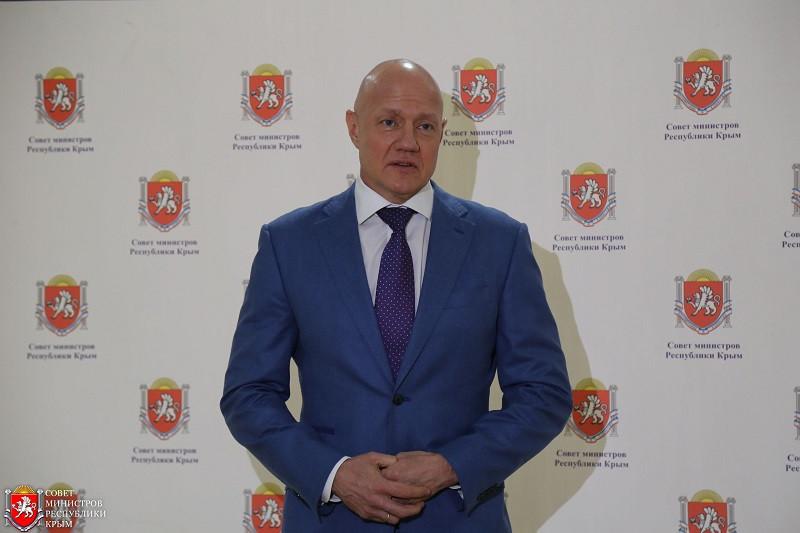 ForPost - Новости : Виталий Нахлупин: от стоматолога в Макеевке до подозреваемого во взяточничестве в Крыму