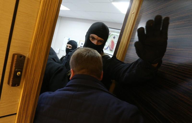 ForPost - Новости : Силовики проводят в Крыму массовые обыски