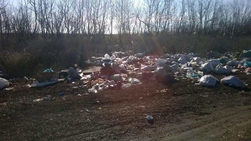 ForPost - Новости : Видовые пейзажи Крыма «украшены» мусорными свалками