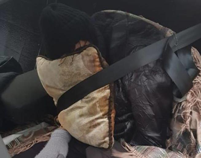 Россиянин пытался на машине ввезти на Украину мёртвую жену