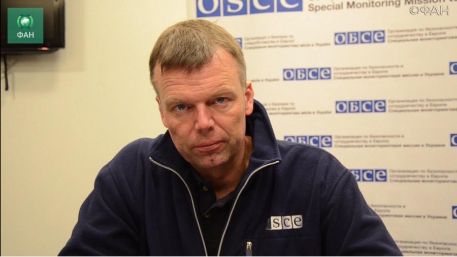Хуг подвел итоги работы в Донбассе перед уездом
