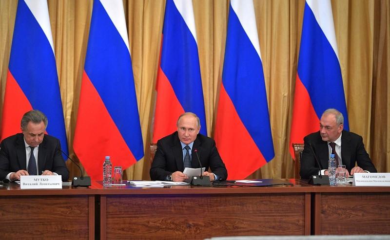 Путин поможет реабилитированным народам Крыма с документами