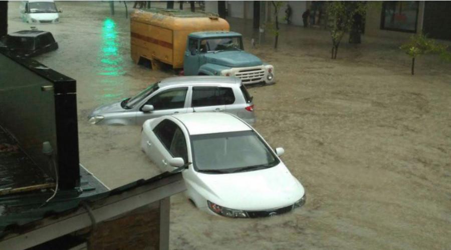 Путин пообещал помощь федерального центра пострадавшим от наводнения на Кубани
