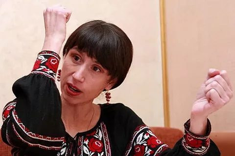 Советник главы МВД Украины призвала взрывать военные склады в России
