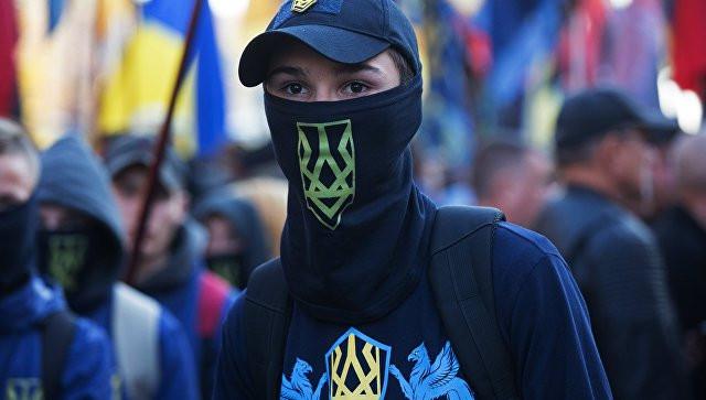СМИ рассказали о детских ультранационалистических лагерях на Украине