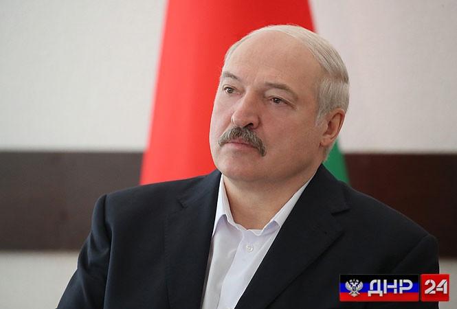 Лукашенко: ни одно соглашение по Донбассу не работает