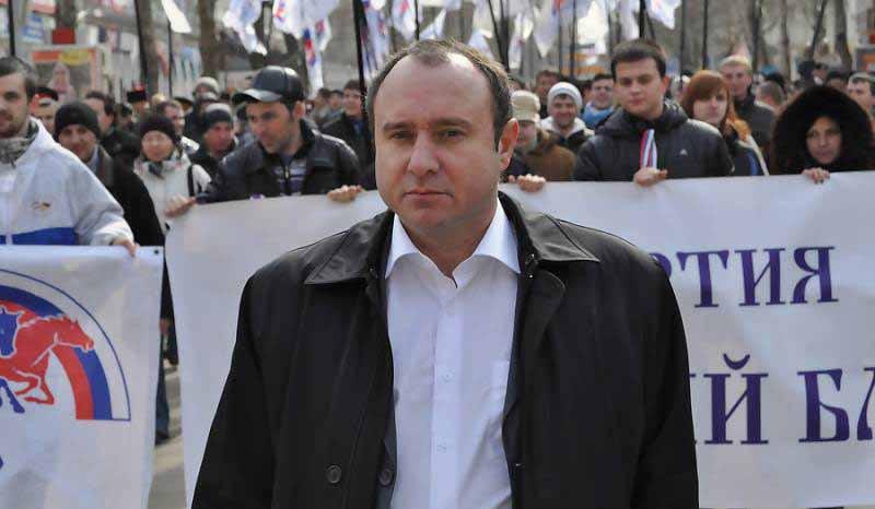 «Почти полдень»: лидер севастопольского «Русского блока» Геннадий Басов
