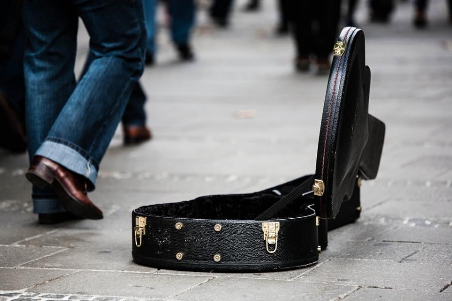 В Севастополе «закручивают гайки» уличным музыкантам