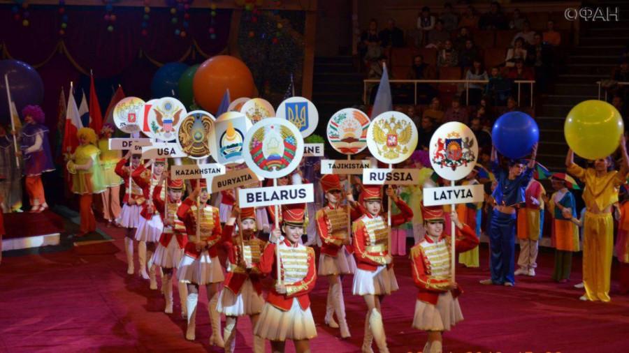 Луганск встретил участников международного фестиваля «Цирковое будущее»