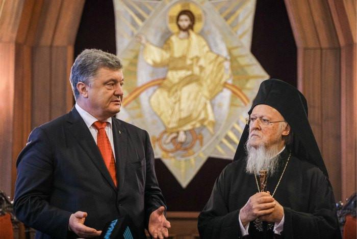 В РПЦ упрекнули Порошенко в нарушении Конституции Украины
