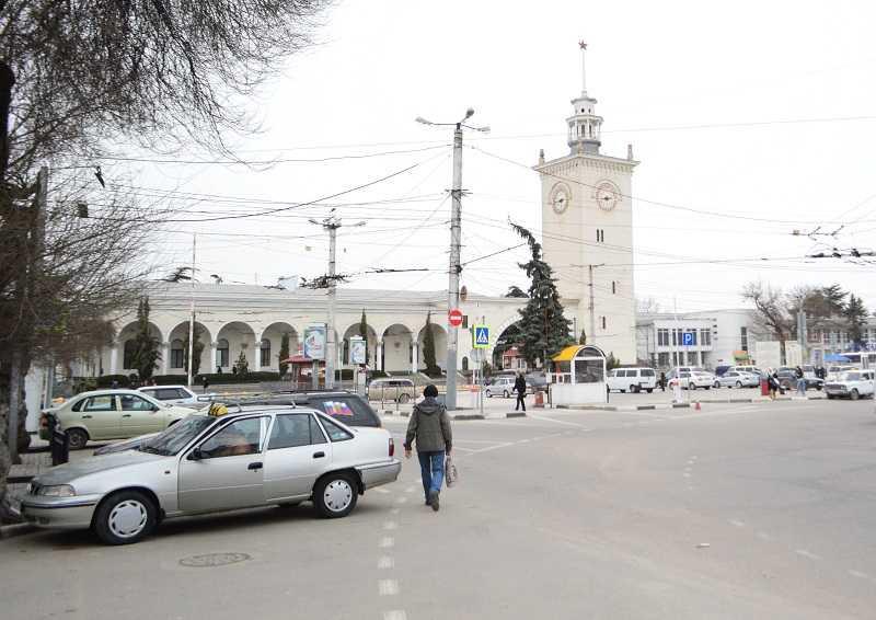 Ситуация в столице Крыма ухудшается с каждым днём