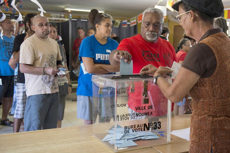 В Новой Каледонии завершился референдум о независимости от Франции