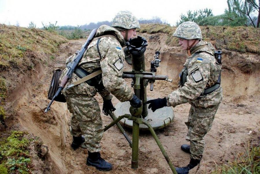 ВСУ за сутки 15 раз нарушили перемирие, выпустив по территории ДНР свыше 100 боеприпасов – СЦКК
