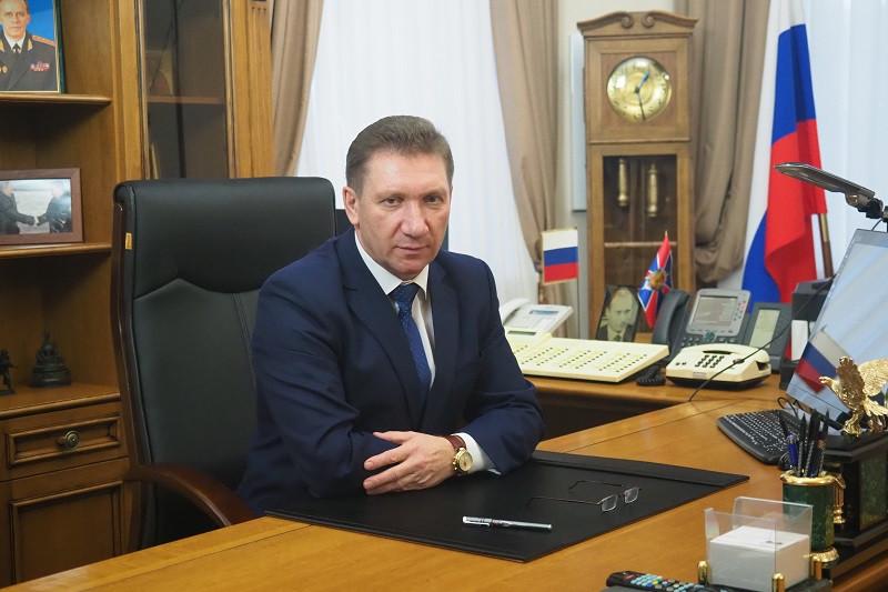 Нового начальника управления ФСБ встретили в Крыму