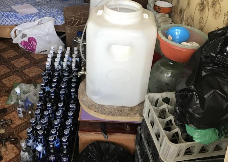 В Крыму силовики прекратили бизнес водочного барона