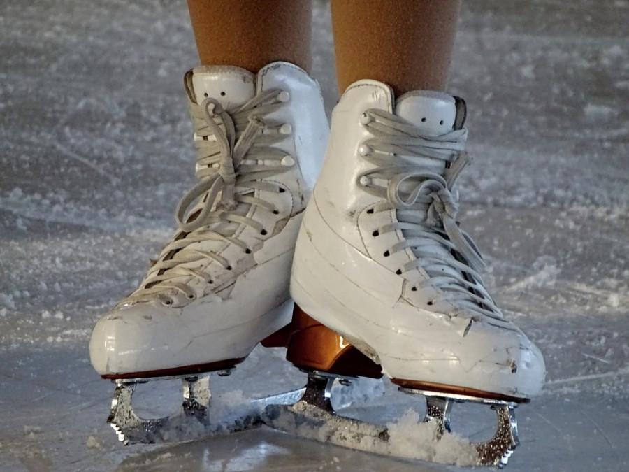 Лишившиеся ТЦ «Муссон» спортсмены вернулись на лёд