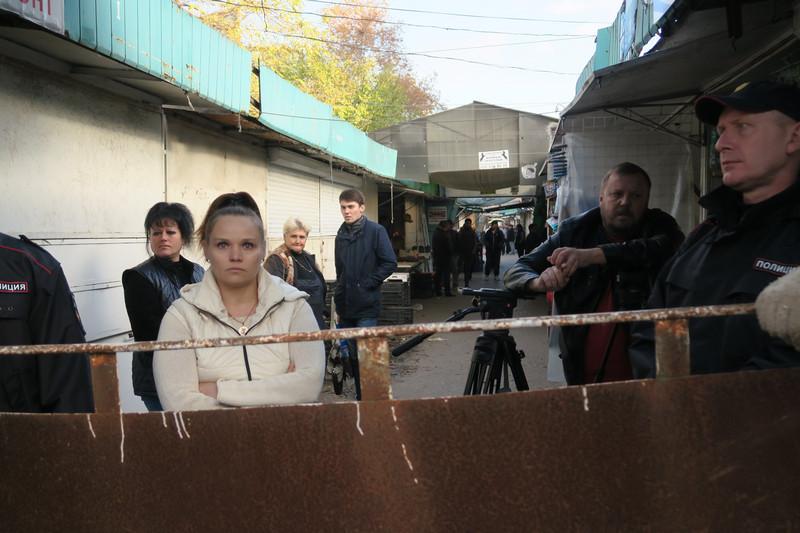 ForPost - Новости : Суд обязал вернуть предпринимателей на Сталинградский рынок