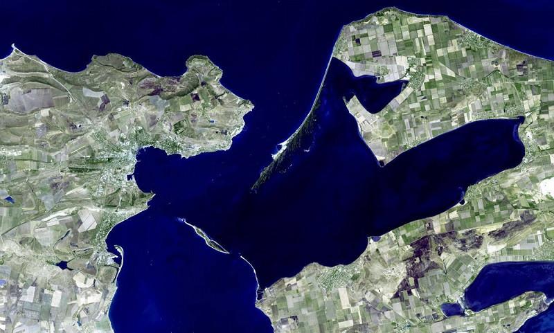 Около Крыма пошли на дно тысячи тонн зерна