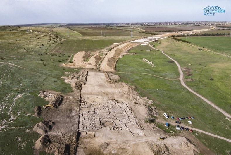 Железную дорогу в Крыму сдвинут из-за античной усадьбы