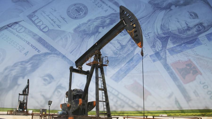 Нефть подешевела на опасениях переизбытка мирового предложения сырья