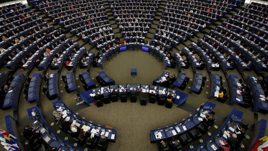 Европарламент предложил перейти к точечному сотрудничеству с Россией