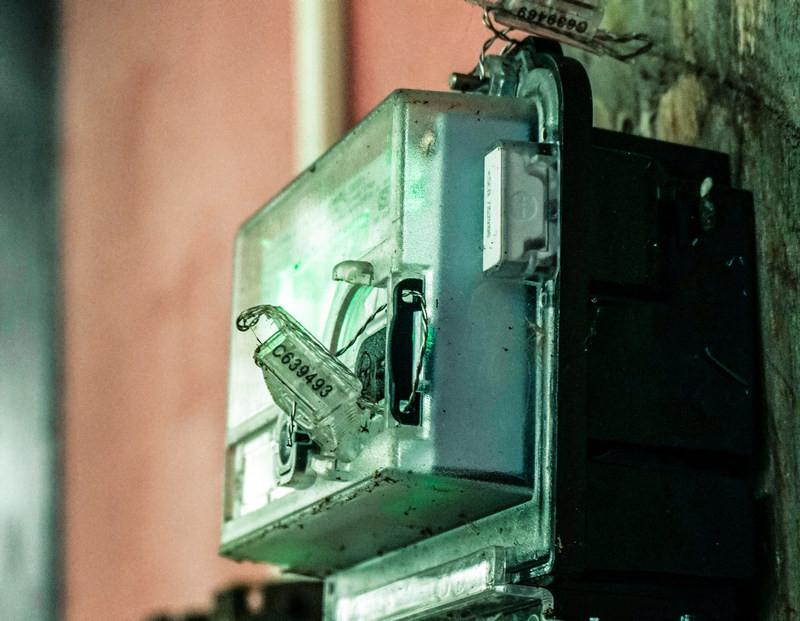 Обманувшие с электросчётчиками пенсионеров Севастополя фирмы заплатят 7 млн
