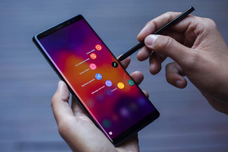 Роскачество составило рейтинг лучших смартфонов 2018 года