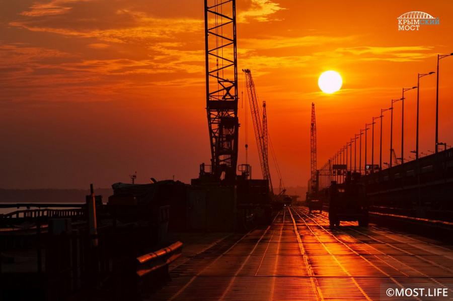 ForPost - Новости : Охрану Крымского моста усилят полицейскими