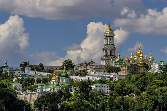 УПЦ заявила, что закон о переименовании не может лишить церковь названия