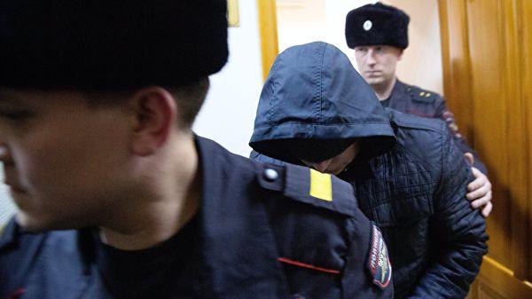 Суд в Уфе продлил арест трех экс-полицейских по делу об изнасиловании