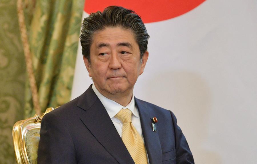 Абэ: передача части Курил Японии должна проходить при согласии российских жителей