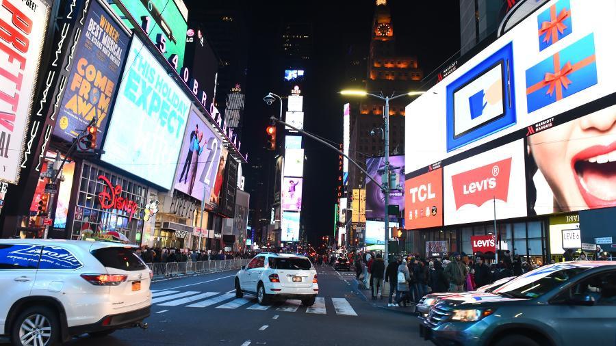 В минобороны США извинились за шутку о сбросе бомбы на Таймс-сквер