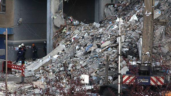 В Магнитогорске из-под завалов извлекли тела 14 погибших
