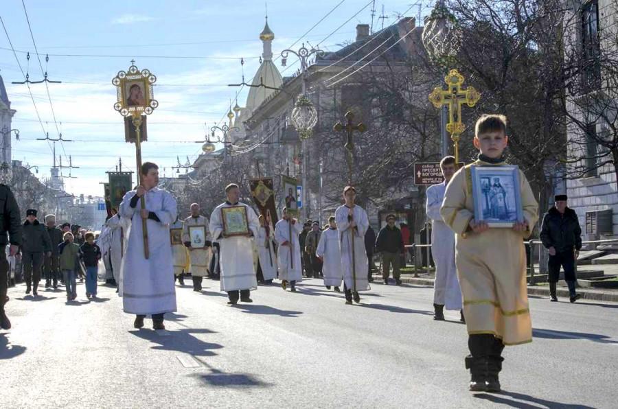 В Севастополе на Рождество ограничат движение транспорта