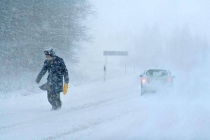Крым предупредили о сильном снеге и лавинах в горах