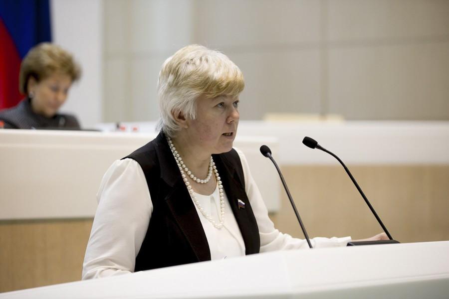 Во власти не должно быть имитаторов, — сенатор от Севастополя Тимофеева