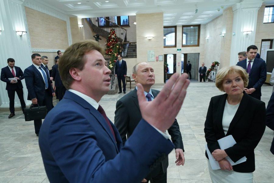 ForPost - Новости : Что Овсянников говорил Путину о строительстве культурного центра в Севастополе