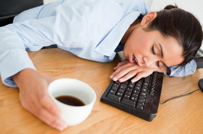 Ученые назвали дневную сонливость предвестником слабоумия