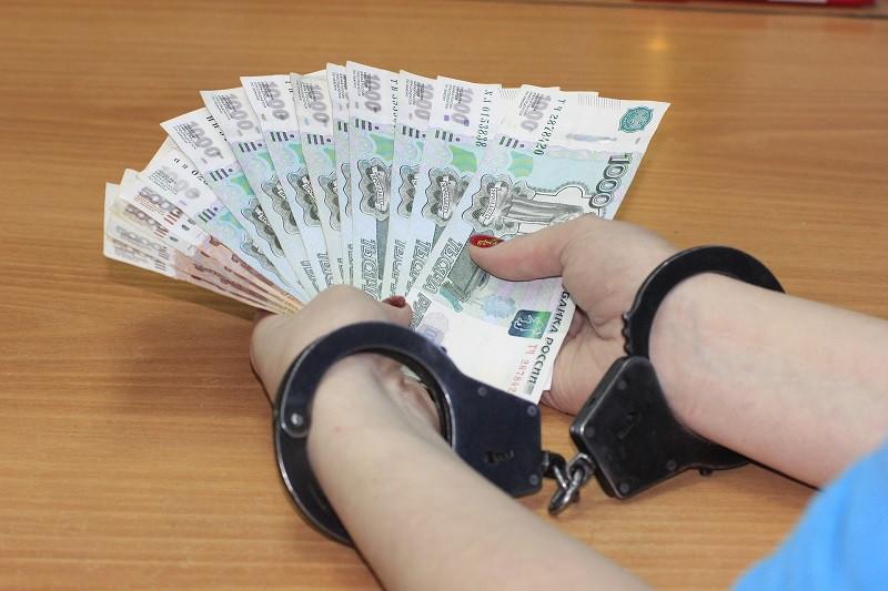 Власть Крыма попросила бороться с коррупцией и хищениями