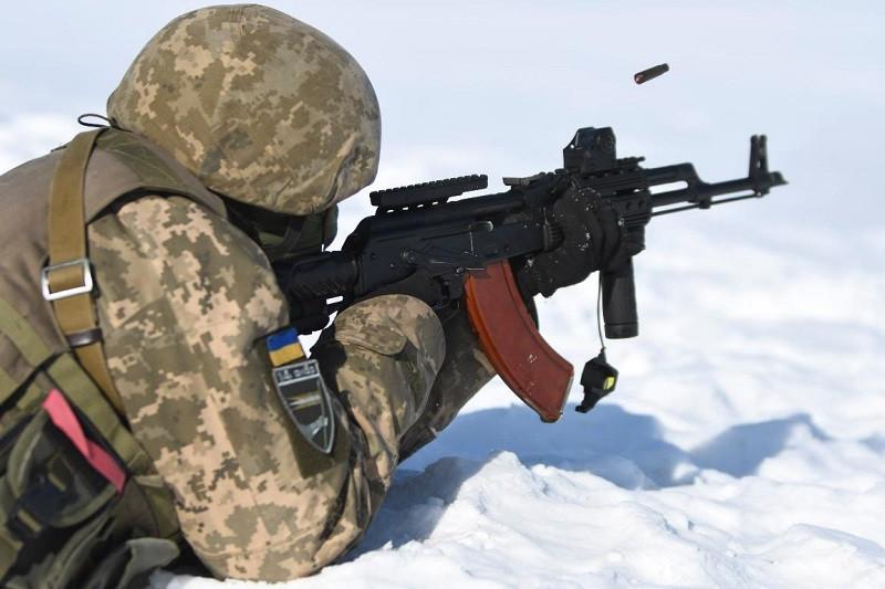 Украинский вояка бредит вторжением Киева в Крым