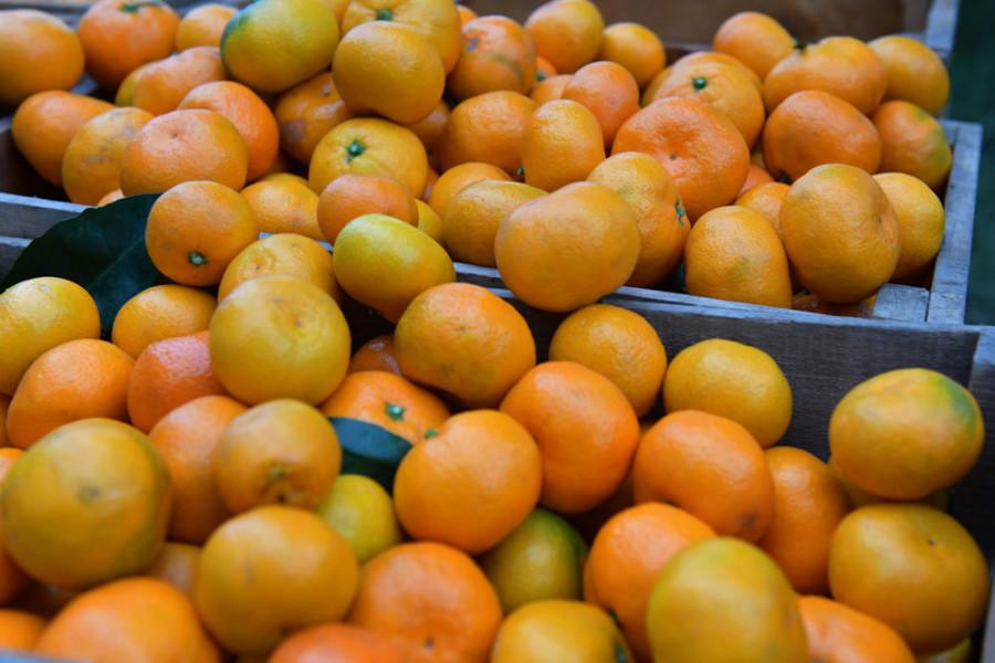 Роспотребнадзор опроверг информацию о зараженных гриппом мандаринах