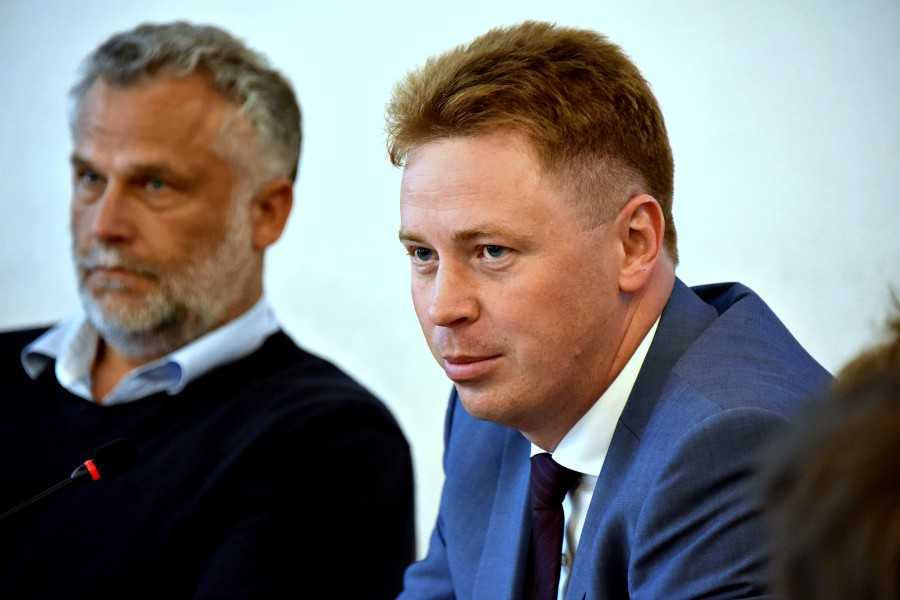ForPost - Новости : Обвинения в преступных действиях губернатор Овсянников свёл к личному конфликту