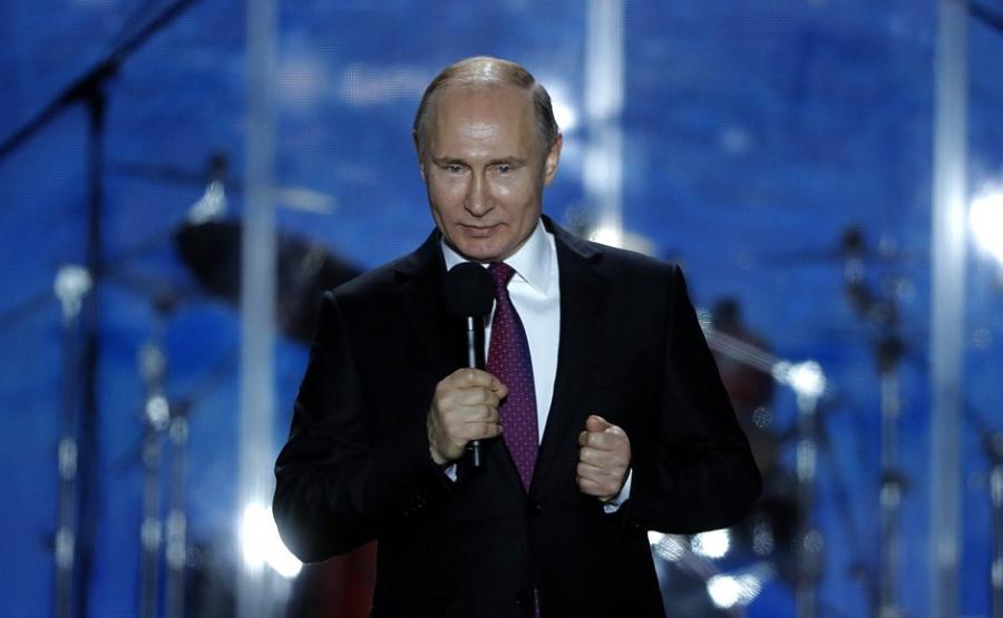 ForPost - Новости : Путин упростил получение гражданства России севастопольцам