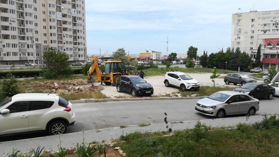 ForPost - Новости : Севастопольцы против торговли под окнами