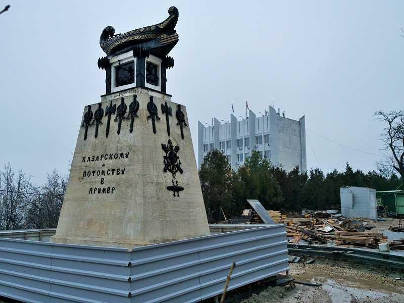 ForPost - Новости : Развожаев назвал безобразием ситуацию с реконструкцией Матросского бульвара