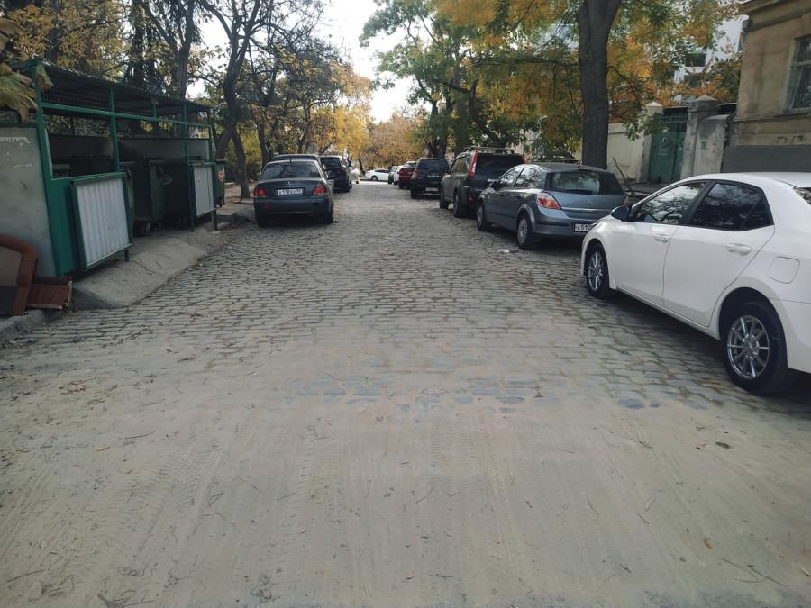ForPost - Новости : В центр Севастополя вернули историческую брусчатку