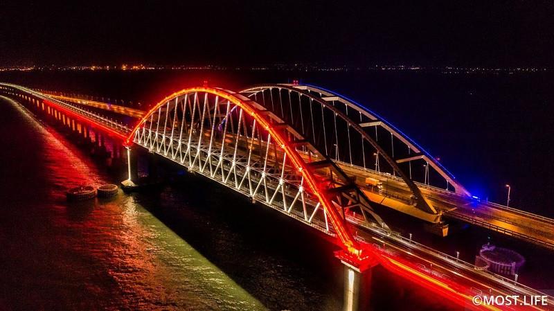 ForPost - Новости : Окончено строительство Крымского моста